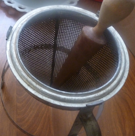 I use an old-fashioned aluminum sieve to make applesauce